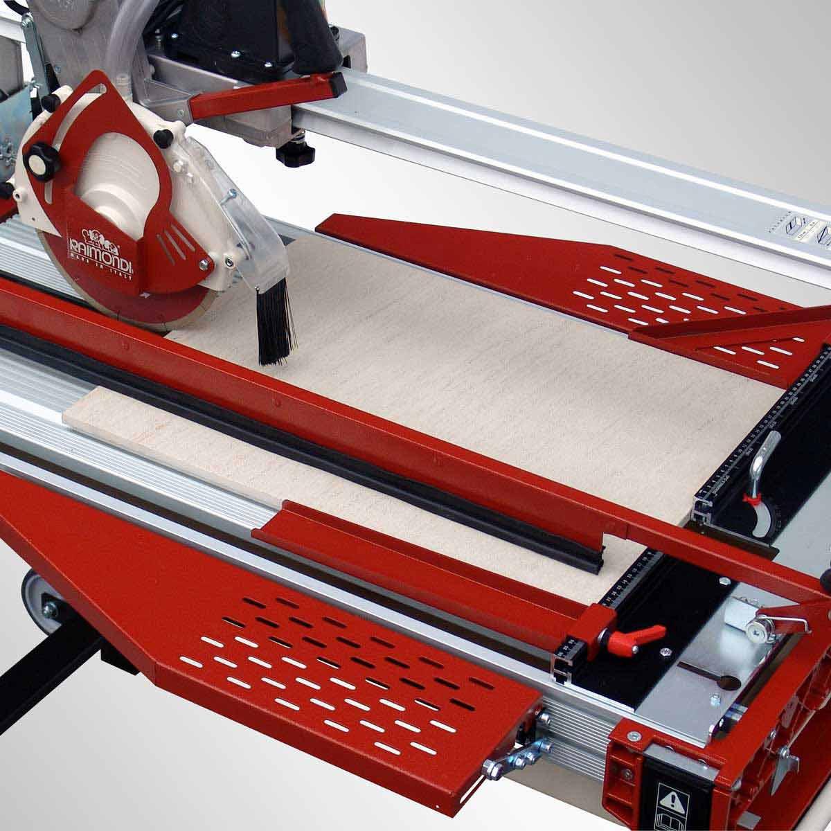 Raimondi Gladiator Advance Rail Saw folding extension tables