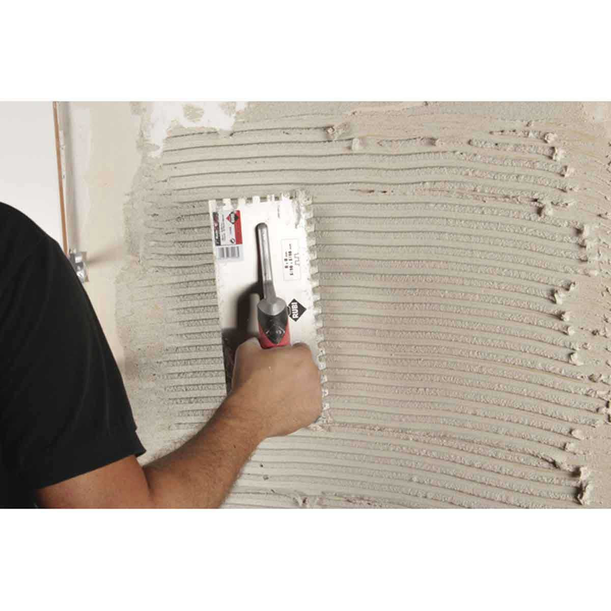 Spreading Thinset to Walls with Rubi Square Notched Trowels