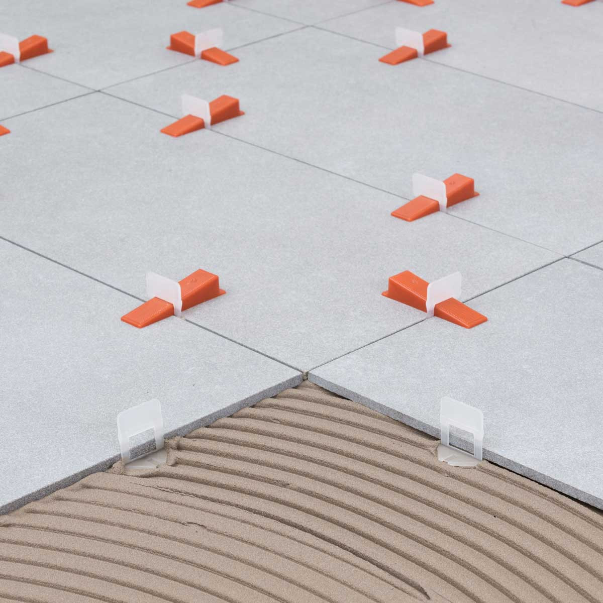 RLS leveling wedge and clip on porcelain tile