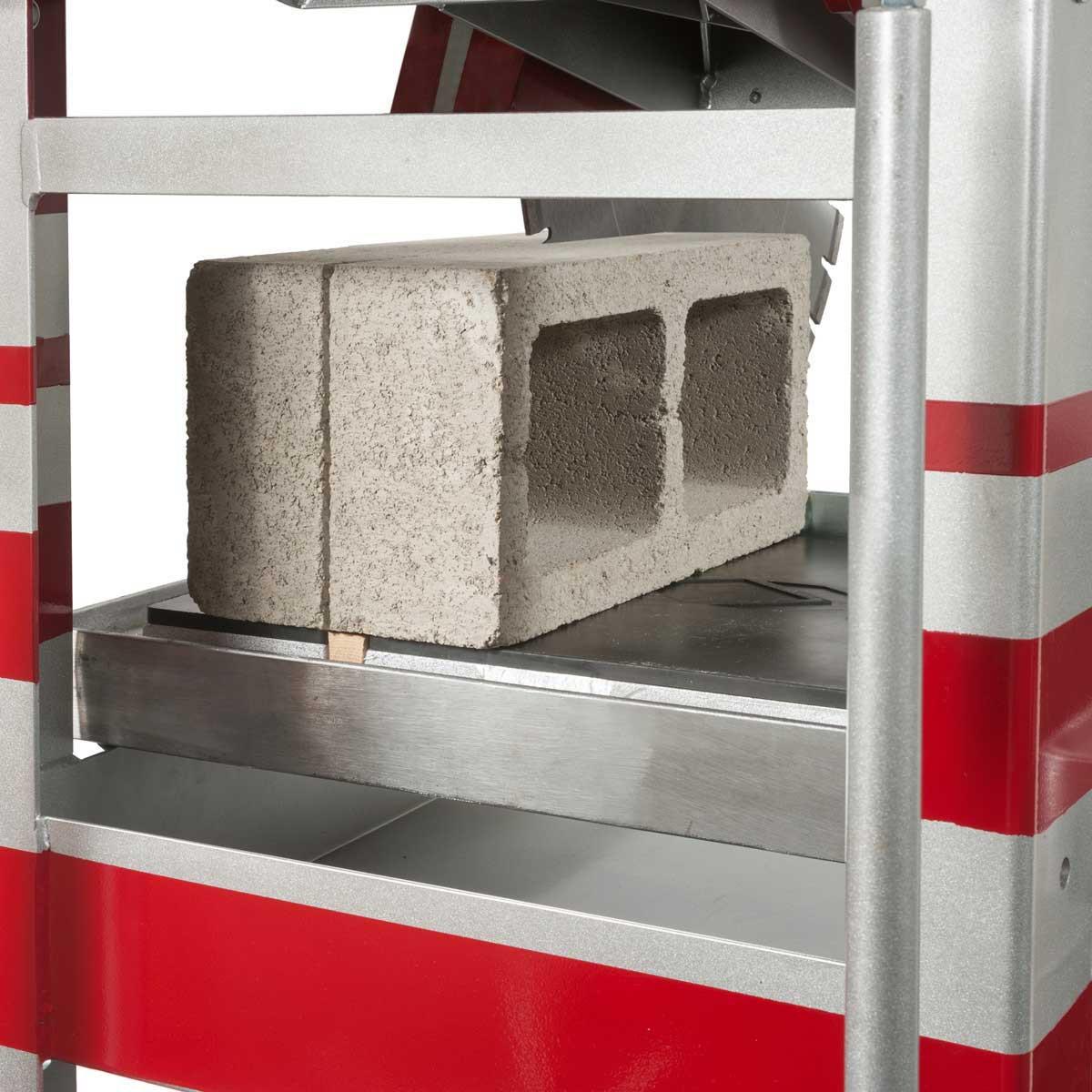 MK MX-5 Block Saw Cutting Cinder Block