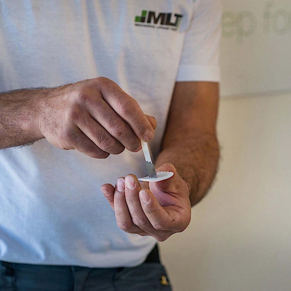 MLT Leveling System Porcelain tile Base Plates assembly