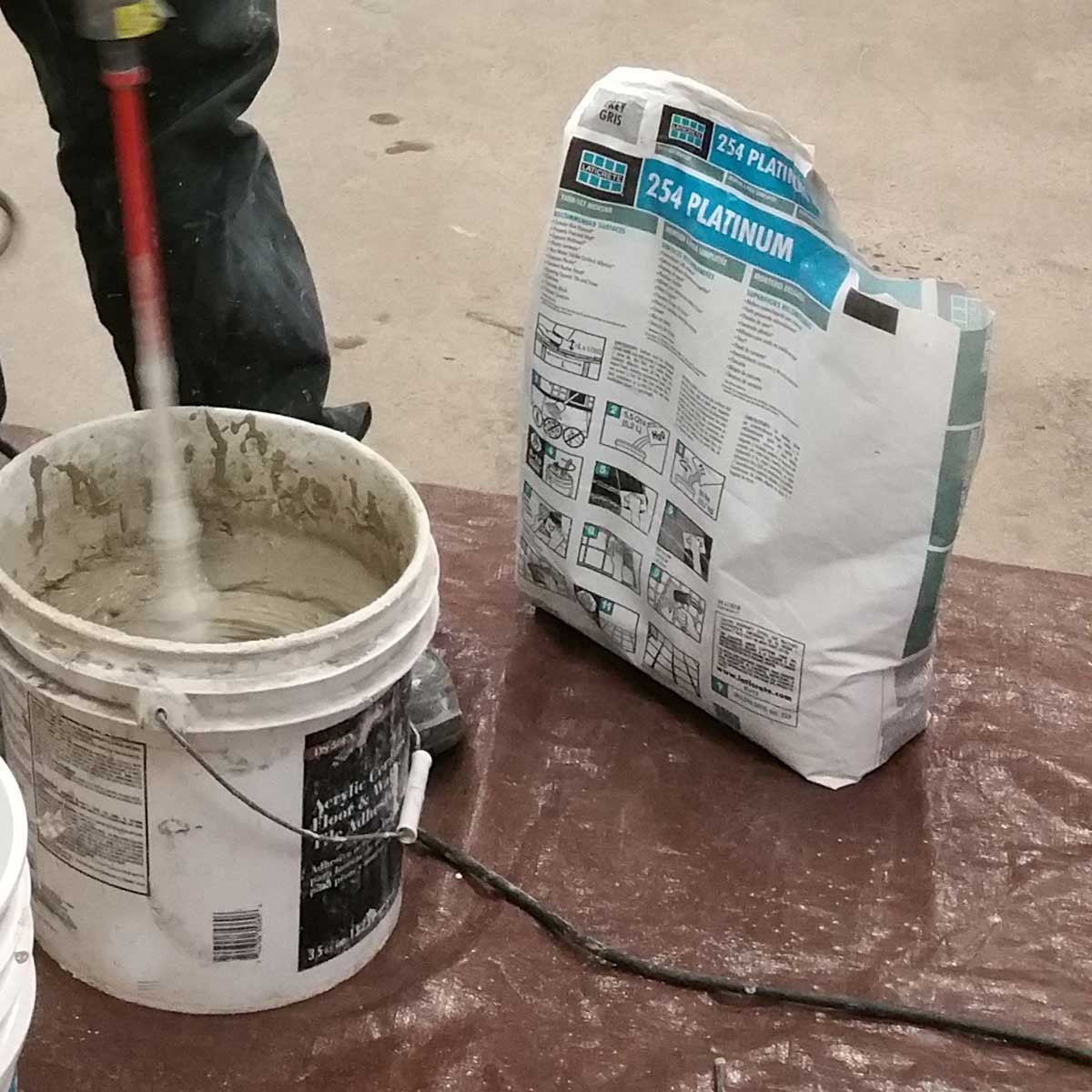 adhesive for porcelain glass tile