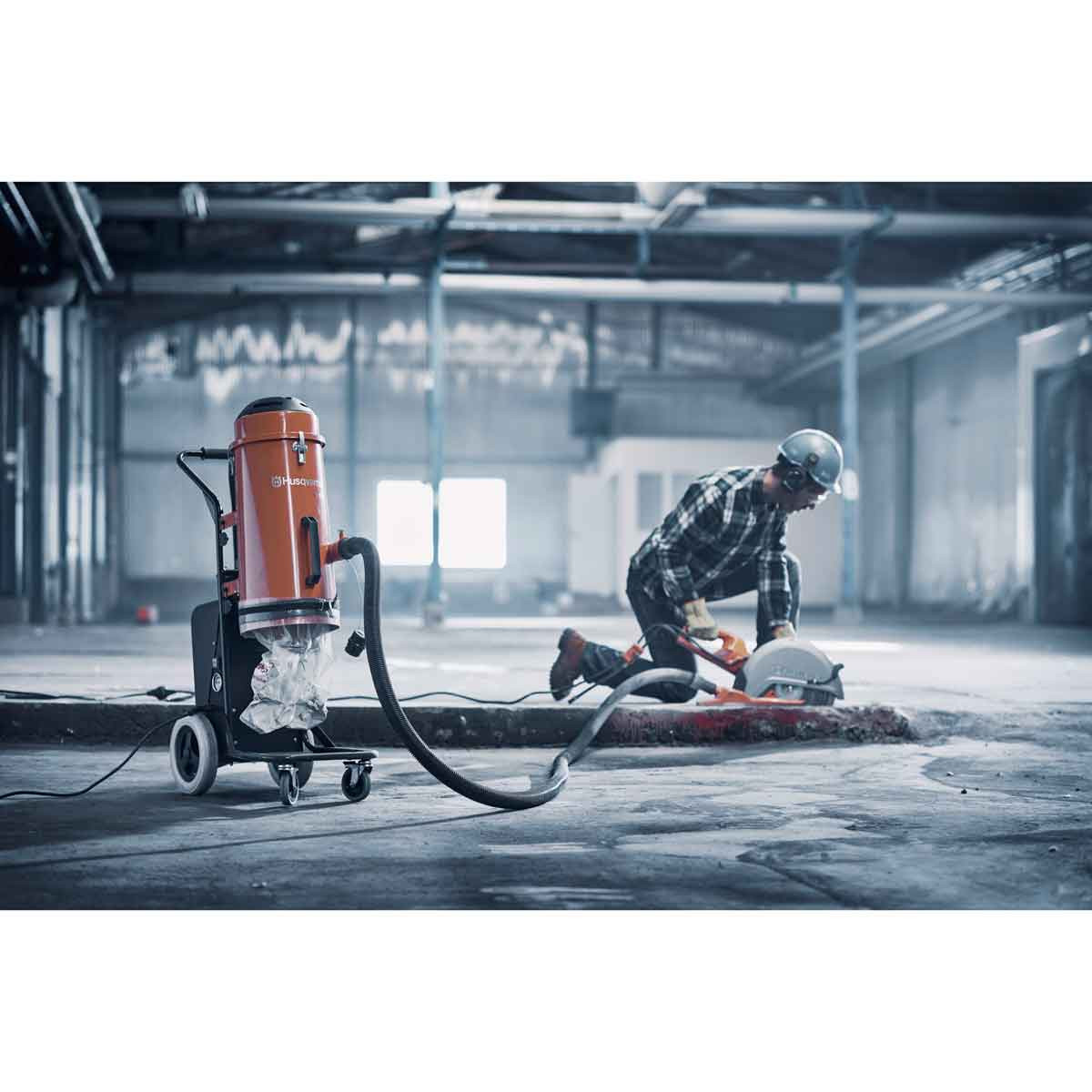 Electric Power Cutter with S13 HEPA Dust Extractor