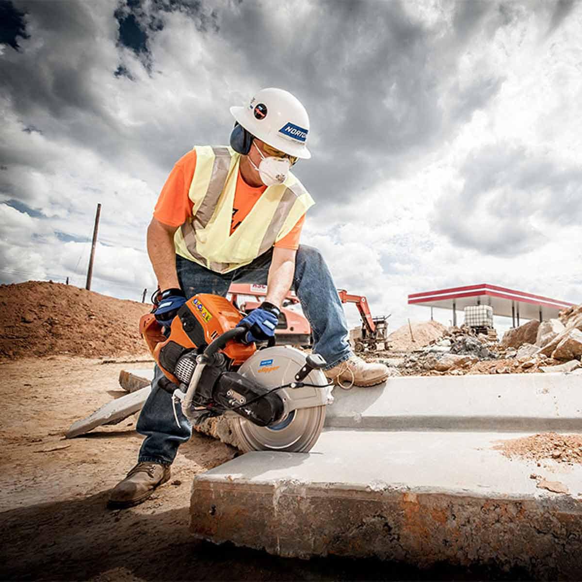 Cutting Concrete Block with Clipper Cut-Off Saw
