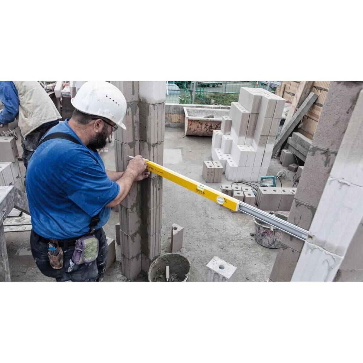 Masonry Layout with Adjustable Stabila Level