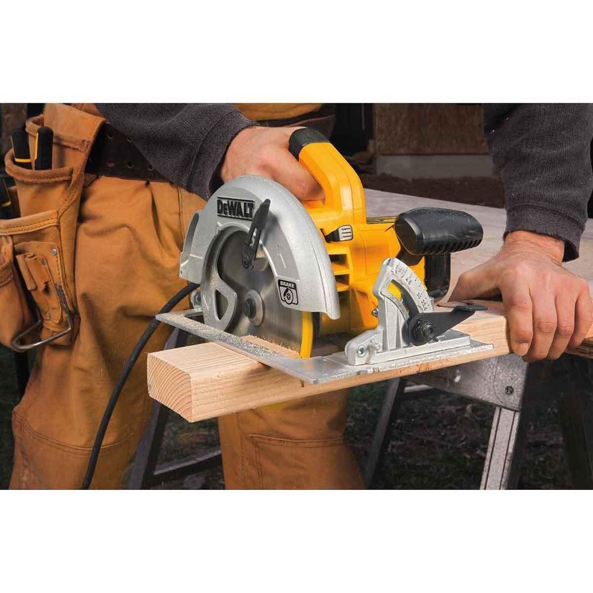 Dewalt 7 inch Wood Cutting Saw