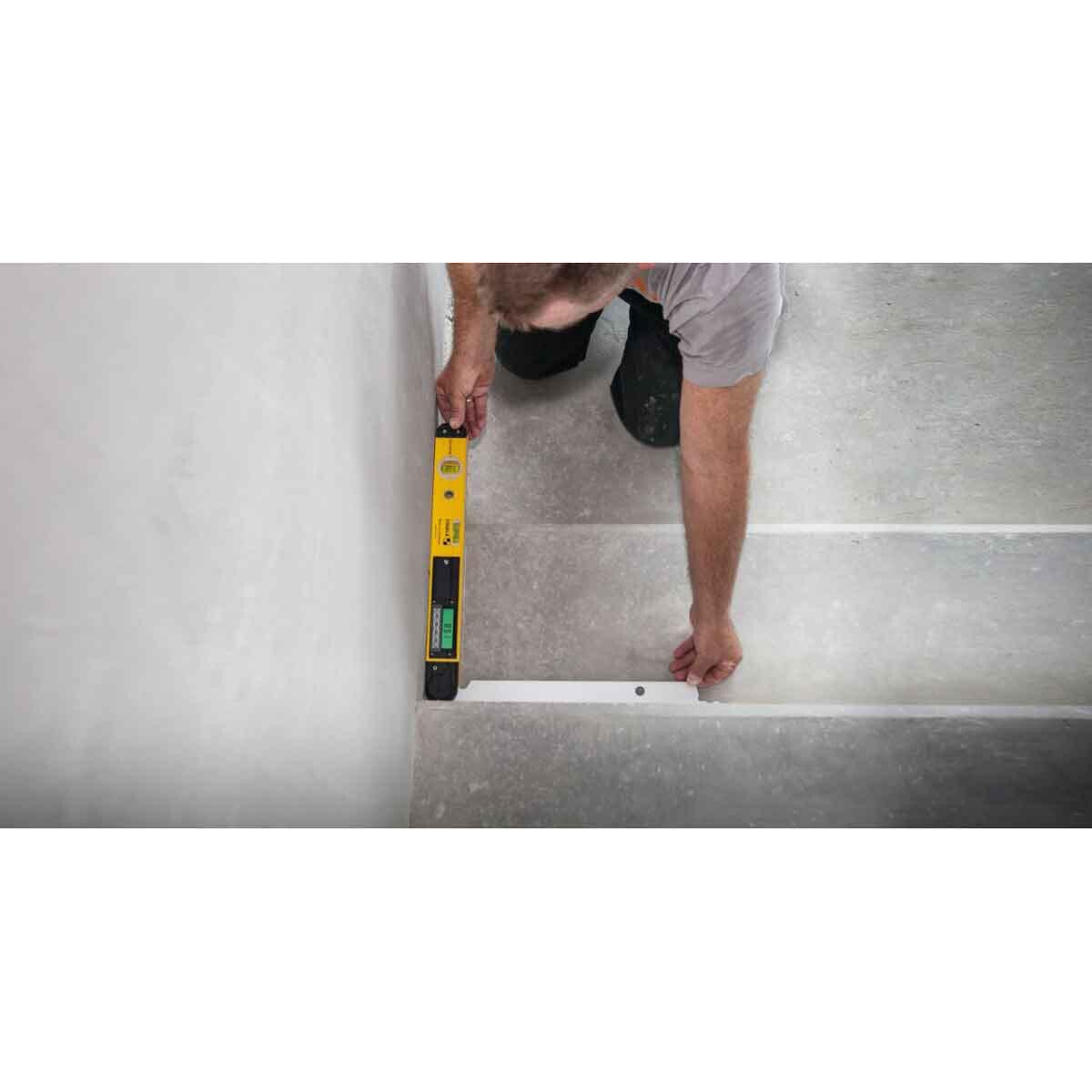 Stabila TECH 700DA Measuring Step Angles