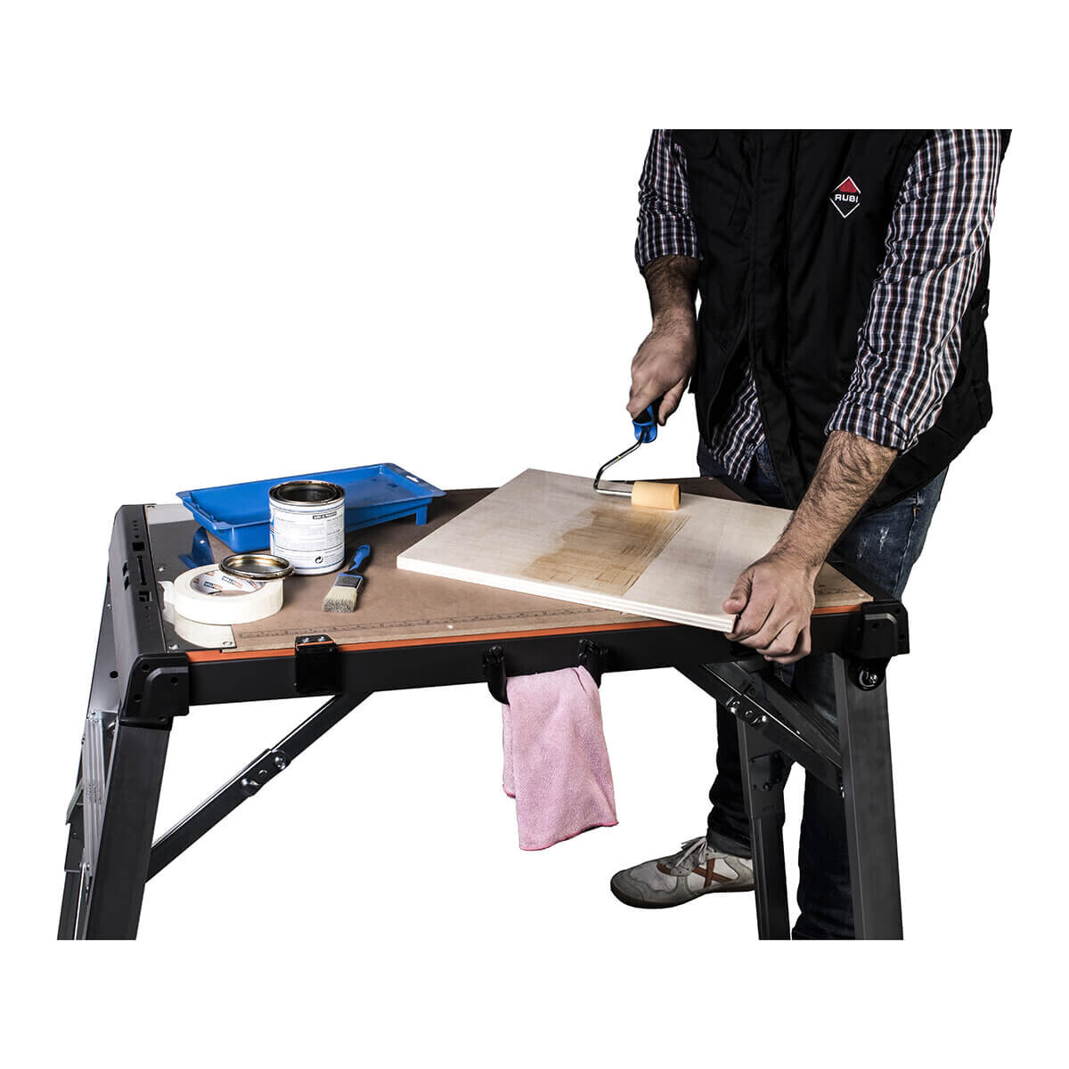 Staining Wood on Rubi 4-in-1 Work Table