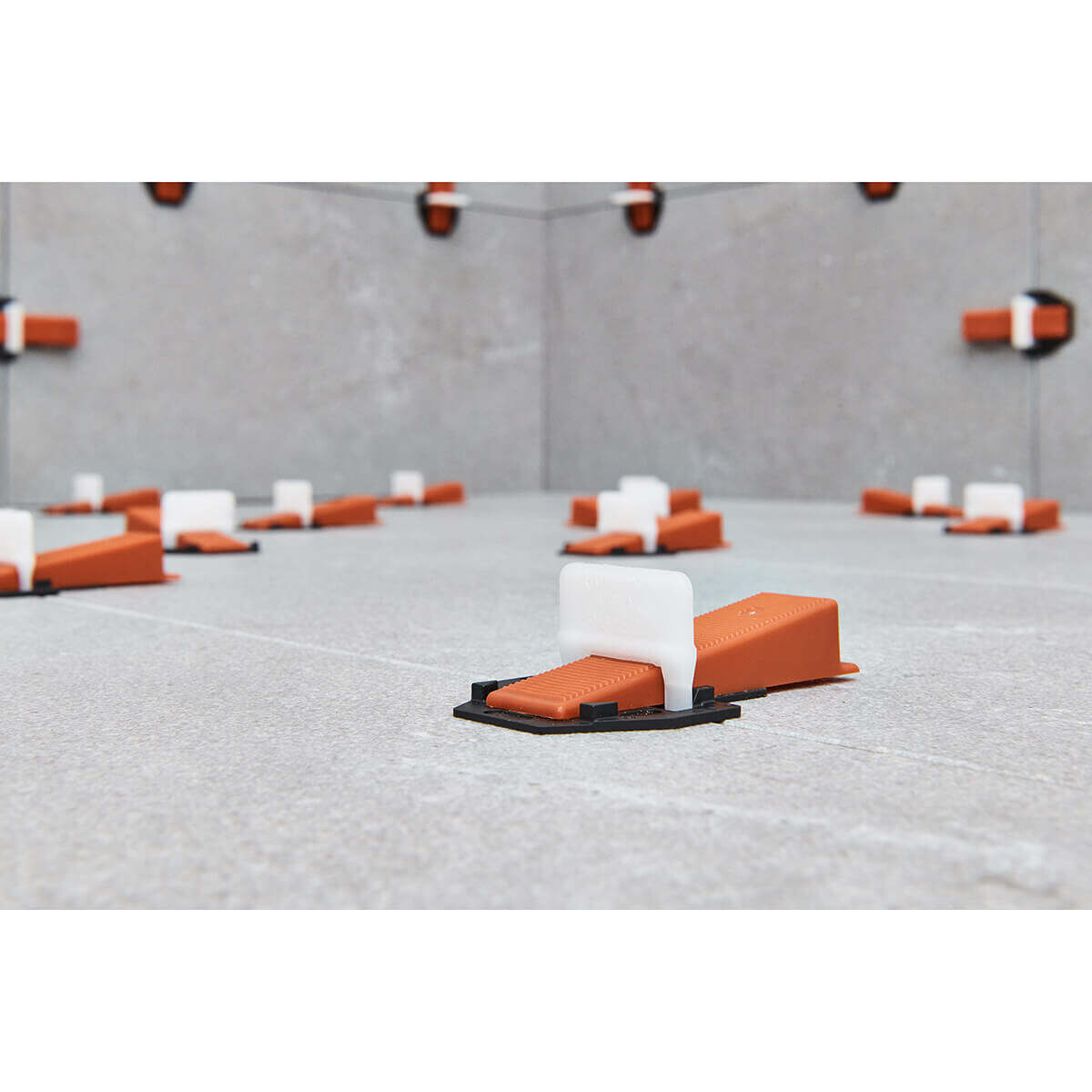 Leveling Floors and Walls with RLS and Protective Plastic Platform