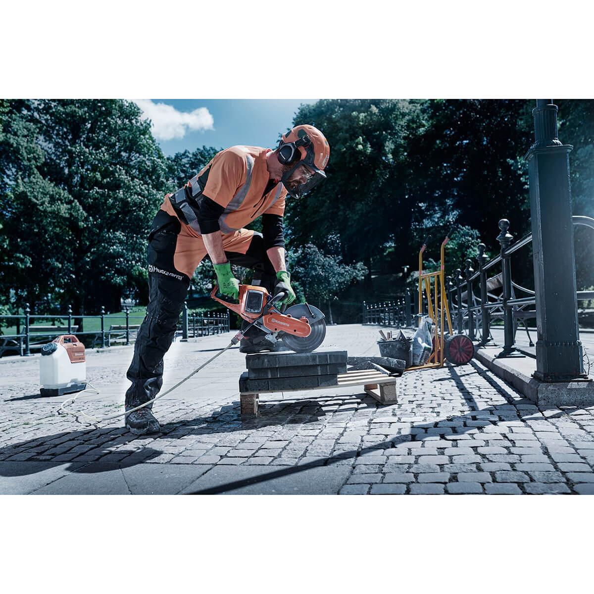 Cutting Landscape Pavers with Husqvarna K535i Power Cutter