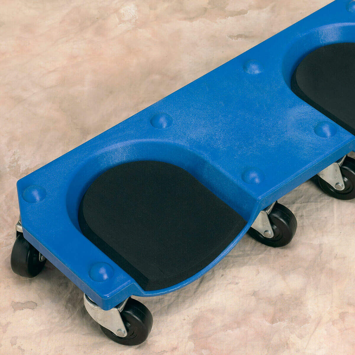 Rolling Knee Pads On Textured Surfaces