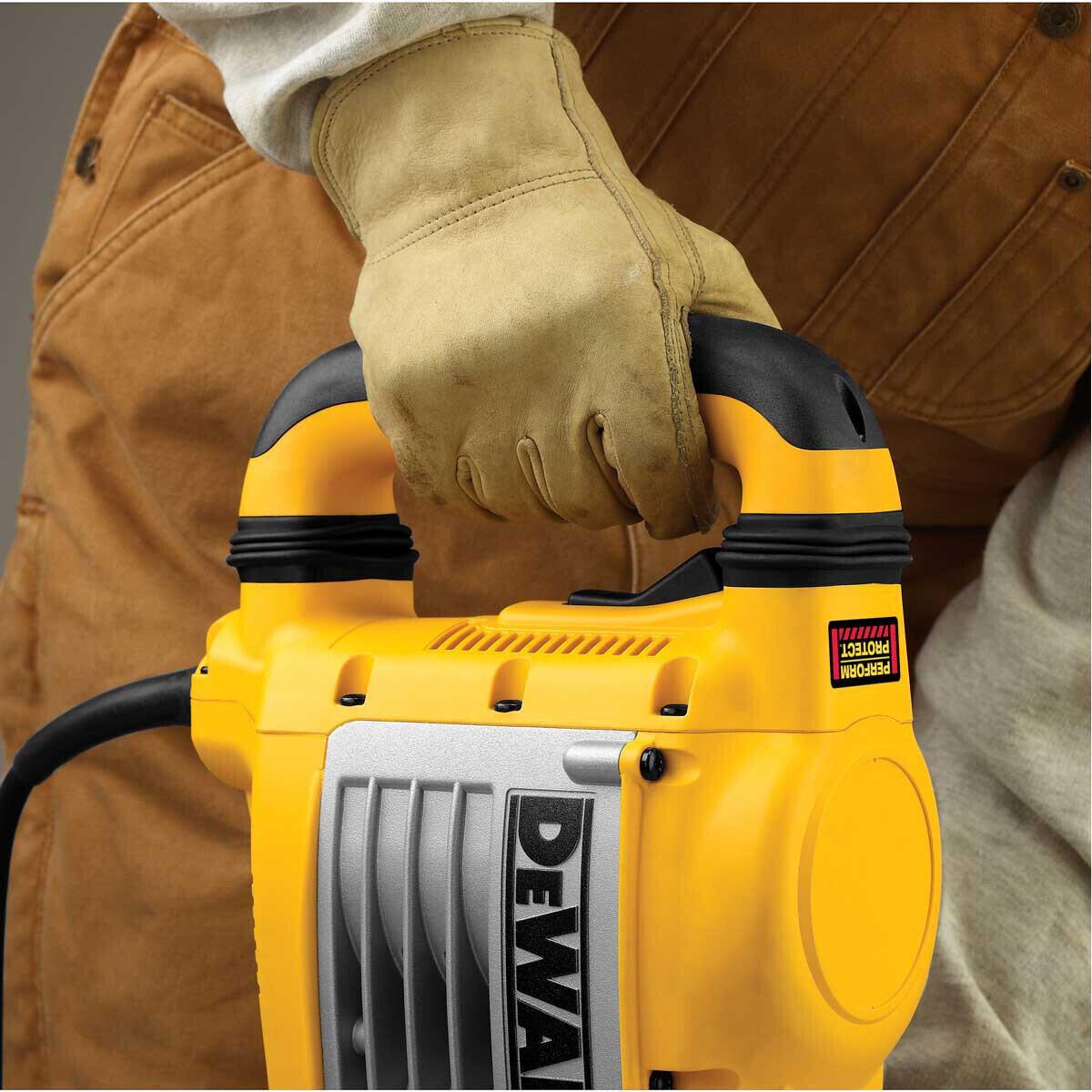 Operating a Dewalt D25901K Heavy Duty Demolition Hammer