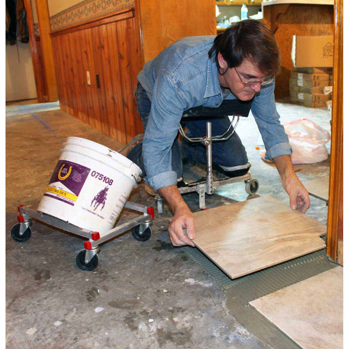Racatac Rolling Knee Pads Tile Installation