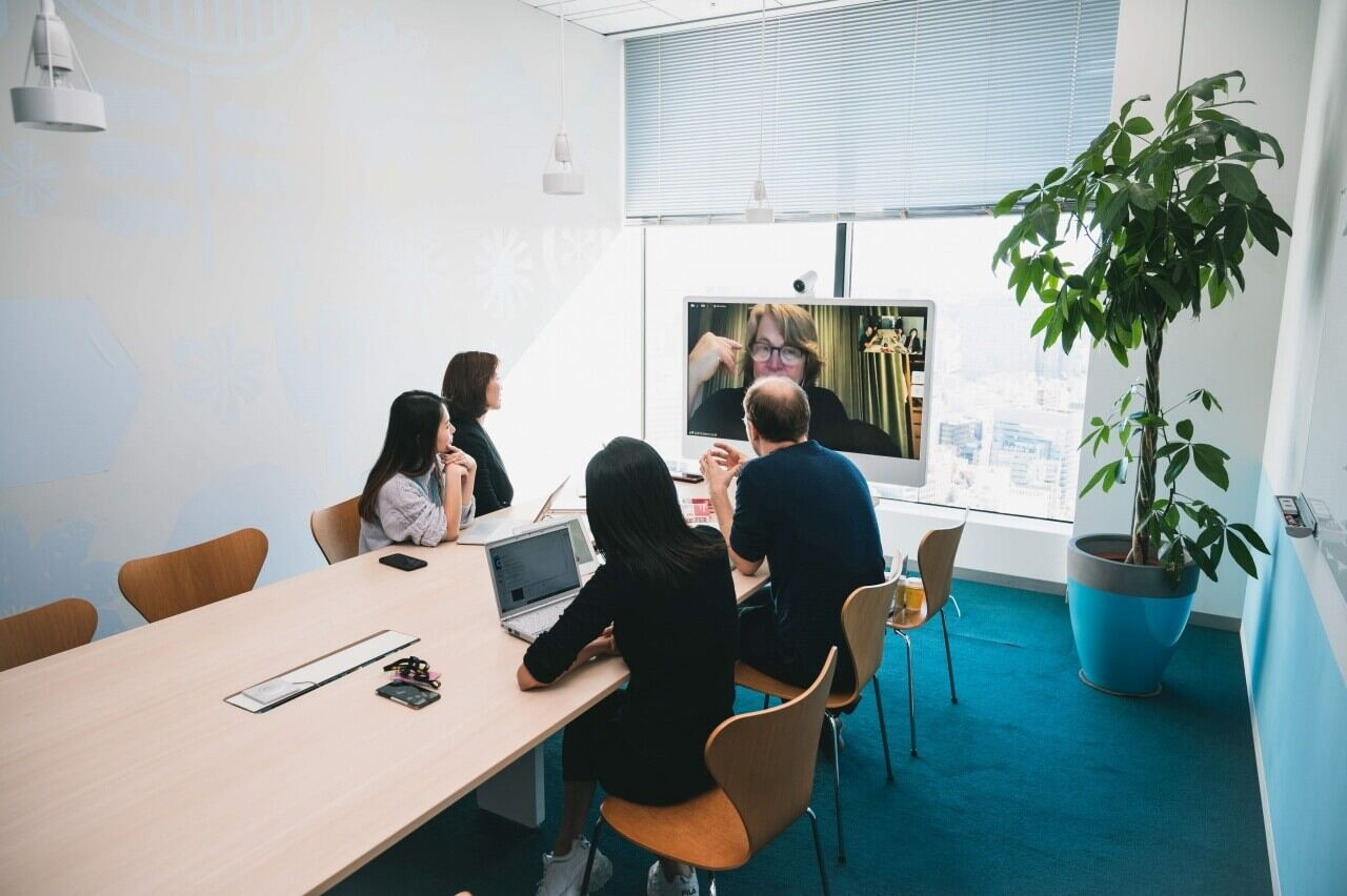 Meeting Scene 5