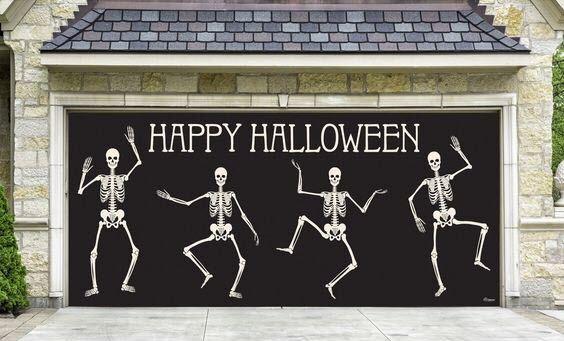 Skeletons Wishing you a Happy Halloween