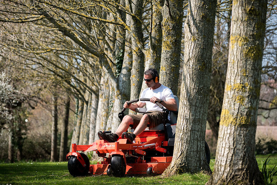 Why A Zero Turn Lawn Mower Is The Right, Smith Lawn And Garden