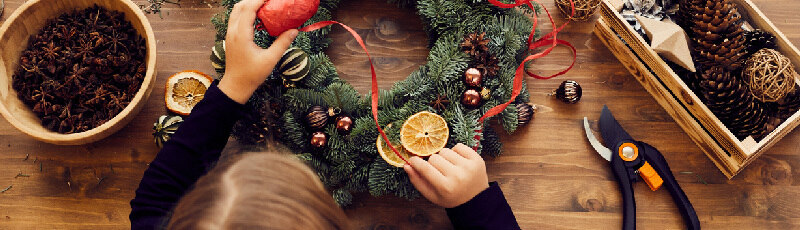 How to Safely Support Local Businesses this Holiday Season