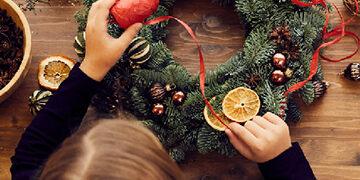 decorating christmas wreath