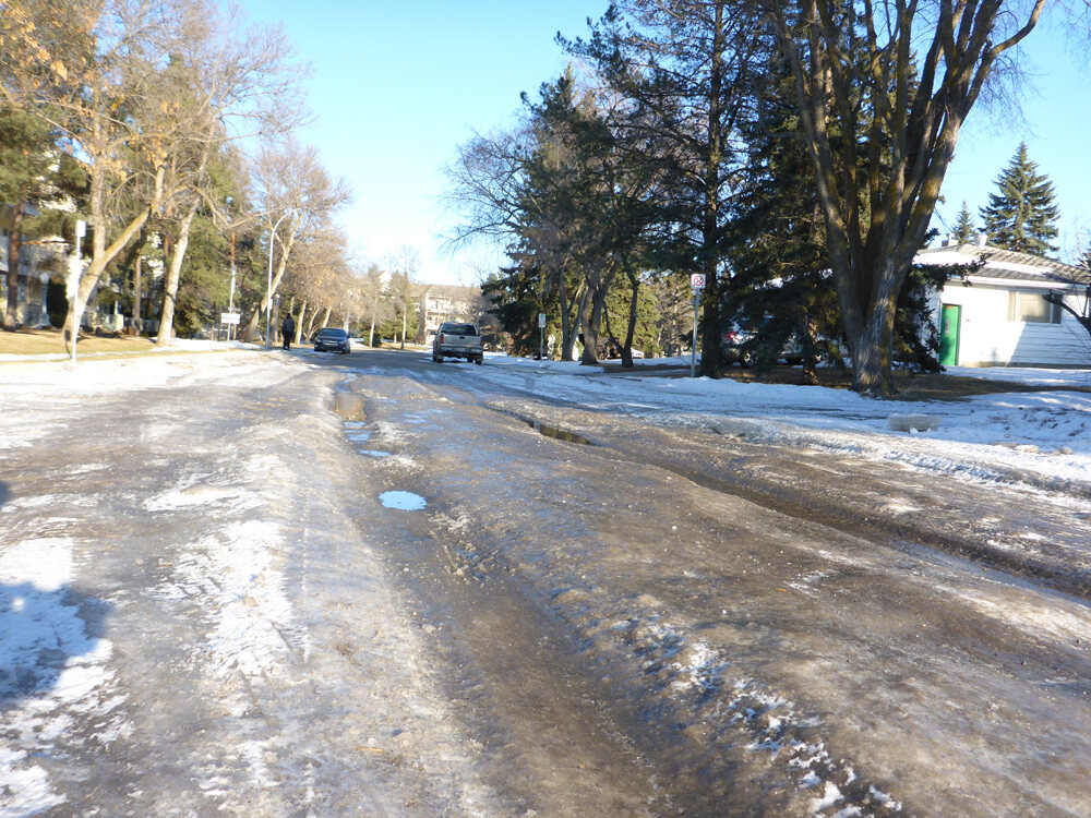 Drivers and city maintenance teams have real-time data on road conditions