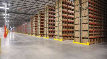 3PL warehouse with shelving and rack